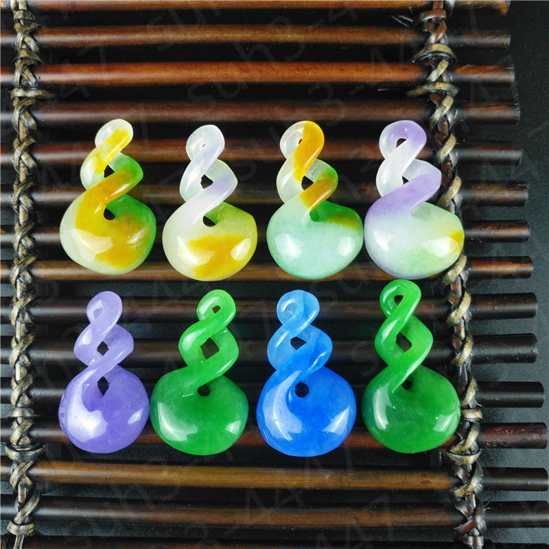 Natural Hetian Jade Green Colour  Pendant Fashion Accessories Hand-Carved Man And Woman Luck Amulet Gifts P09