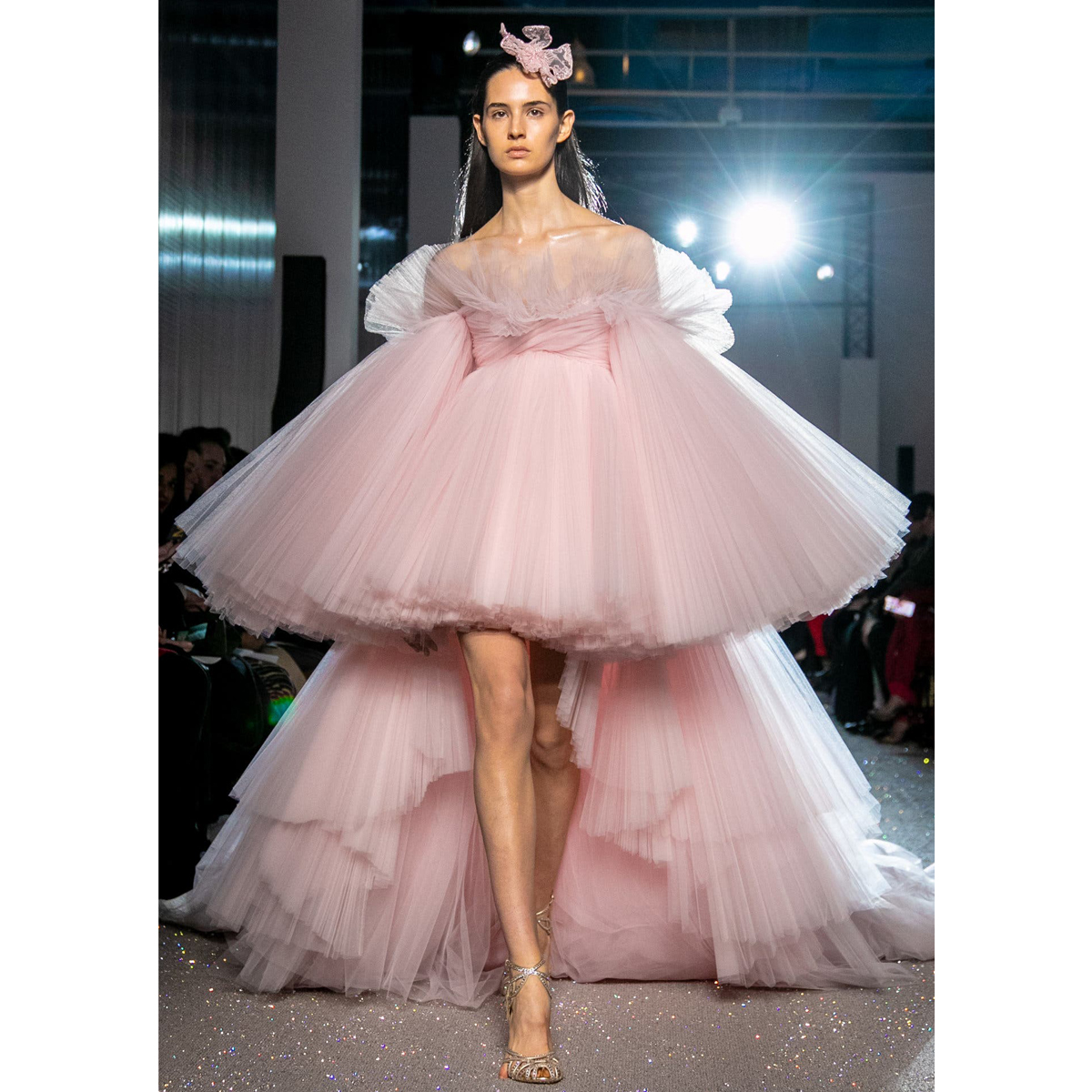 Robe de soiree 2019 New Pink High Low Evening Formal Dress Party Gown Puffy Long Sleeve Slash Neck Sweep Train Prom Party Dress
