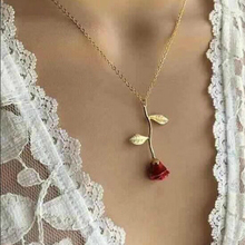 3 Color Charm Female Lovely Plant Flower Vlavicle Chain Charm Romance Red Rose Pendant Necklace for Women Birthday Gift