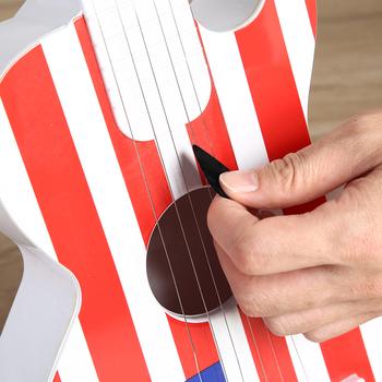Przenośna gitara wybiera 0 46mm grubości akustyczna elektryczna gitara basowa plektron celuloid gitara basowa wybiera instrumenty strunowe tanie i dobre opinie CN (pochodzenie) Guitar Accessories Bass Guitar celluloid about 3 * 2 6cm 1 18*1 02 about 0 46mm