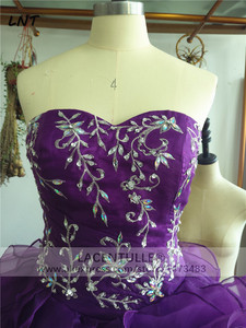 Image 4 - Sleeveless Ruffled Purple Organza Quinceanera Dresses Sparkling Quinceanera Gowns