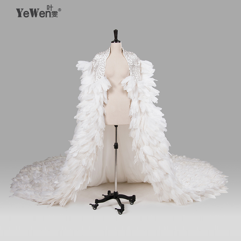 Ivory Wedding Wraps Elegant Beading Crystal Wedding Bolero Feather Wedding Jacket 2019 Wedding Accessories Vestido De Noiva 8014