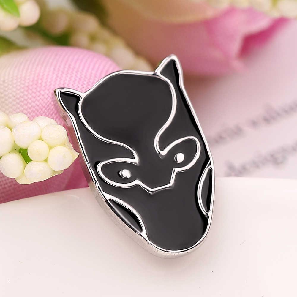 Film Panther Hitam Masker Pin Wakanda King Enamel Bros Avengers 3 Thanos Pin Wanita Pria Cosplay Pesta Hadiah Perhiasan