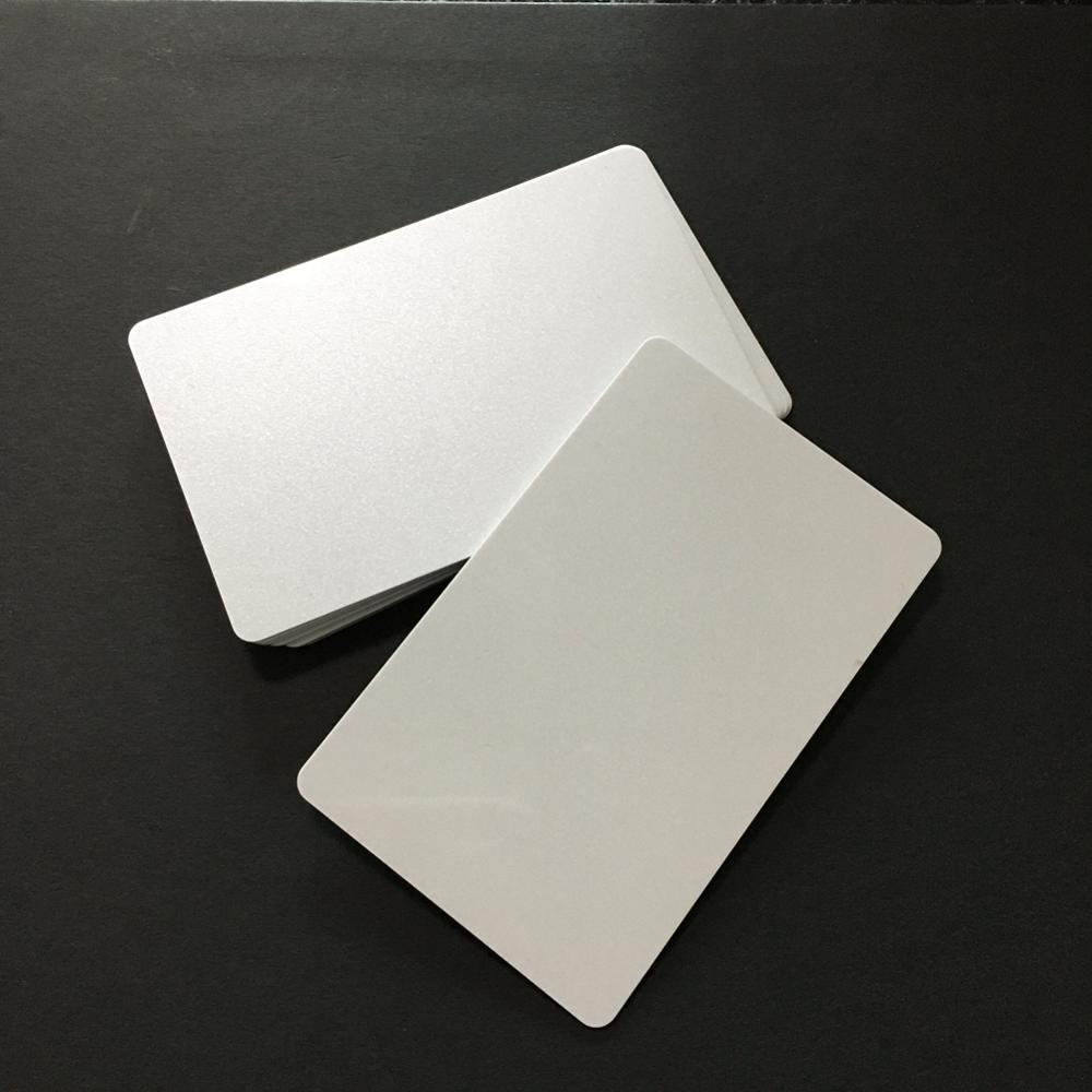 20 stücke Perle Weiß mit Scheint Druckbare PVC Karte für ID Abzeichen Drucker Grafik Qualität CR80 30mil für Zebra für fargo Drucker
