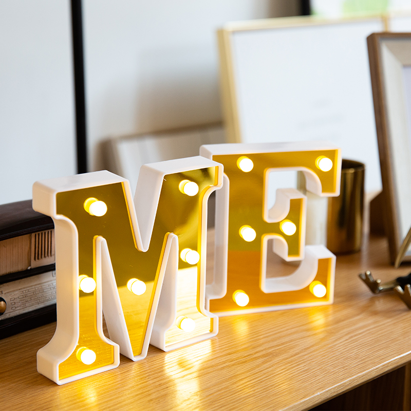 Letters LED Luminous 26 English Alphabet Lamp Marry Happy Birthday Christmas Party Wedding Valentines Decoration Night Lights