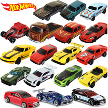 цены Original 1:64 Hotwheels Fast and Furious Diecast Sport Car Toys for Boy Hot Wheels Cars Alloy Toy Cars Collection Model C4982