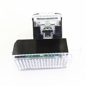 Image 4 - HONGGE LED Footwell אורות + כבל עבור גולף פאסאט אוקטביה מושב ליאון אלהמברה A4 A6 A7 A8 Q3 Q5 TT 3AD 947 409 3AD947409