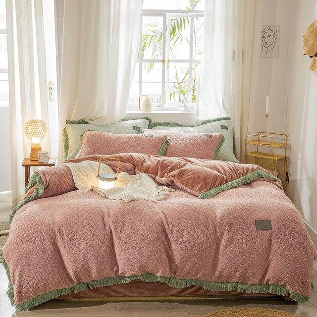 Ensemble de literie à glands en cachemire   Parure de lit épaisse en flanelle polaire, housse de couette en velours de style princesse, ensemble de linge de maison dhiver 3-4 pièces