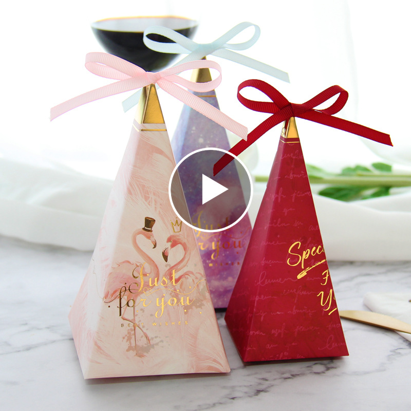 New Pyramid Wedding Favours Gift Boxes Just For You Printed Chocolate Cookies Paper Candy Box For Special Party Favors Supplies