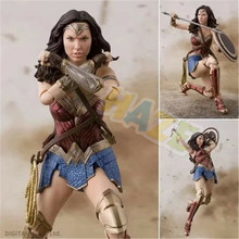 DC Comics Justice League Wonder Woman Doll Figure Model Toy Collection In Box 35cm avengers 3 incredible hulk robert bruce banner justice league pvc action figure dc comics collectible model toy l2016