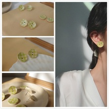 2019 fashion new green plaid small fresh button ear nails, Japanese color simple original earrings lovely girl gift wholesale