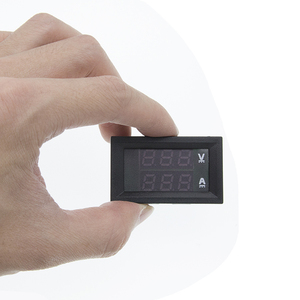 """Image 5 - 10 قطعة تيار مستمر 0 100 فولت 10A الفولتميتر الرقمي مقياس التيار الكهربائي المزدوج عرض كاشف جهد متر الحالي لوحة أمبير فولت مقياس 0.28 """"الأحمر الأزرق"""