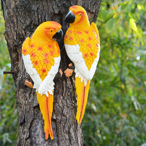 Image 2 - שרף תוכי פסל קיר רכוב DIY חיצוני גן עץ קישוט בעלי החיים פיסול לבית משרד גן דקור קישוט
