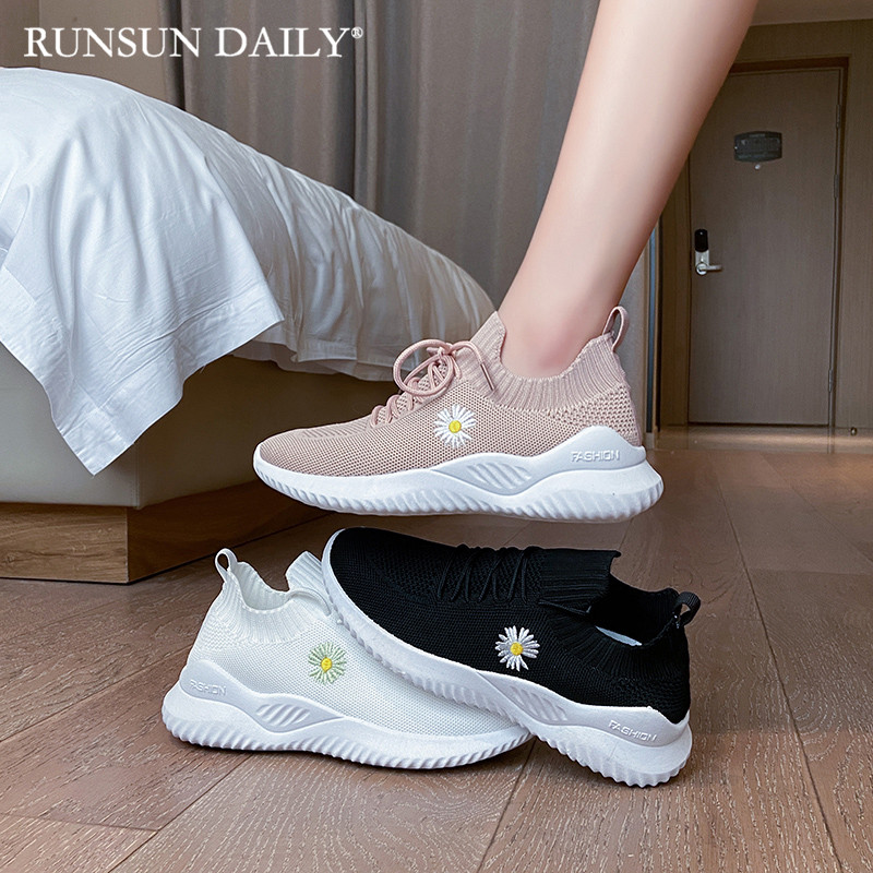 Womens Sneakers Leisure Fashion Embroidery Sock Shoes Lightweight Breathable Mesh Running Shoes White