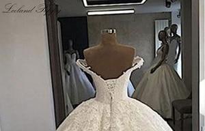Image 4 - Lceland 양귀비 레이스 Appliques 볼 가운 웨딩 드레스 2020 어깨에서 골치 아픈 건 바닥 길이 Vestido 드 Novia 신부 가운