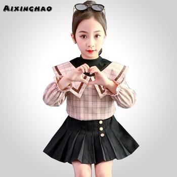 Nastoletnie dziewczyny odzież Plaid dresy dla dziewczyn bluzka + spódnica 2 sztuk dla dzieci dziewczyny ubrania nastoletnie dzieci odzież szkolna dla dziewczyny tanie i dobre opinie AIXINGHAO Moda Skręcić w dół kołnierz Zestawy Swetry 0284788 COTTON Poliester Pełna REGULAR Pasuje prawda na wymiar weź swój normalny rozmiar