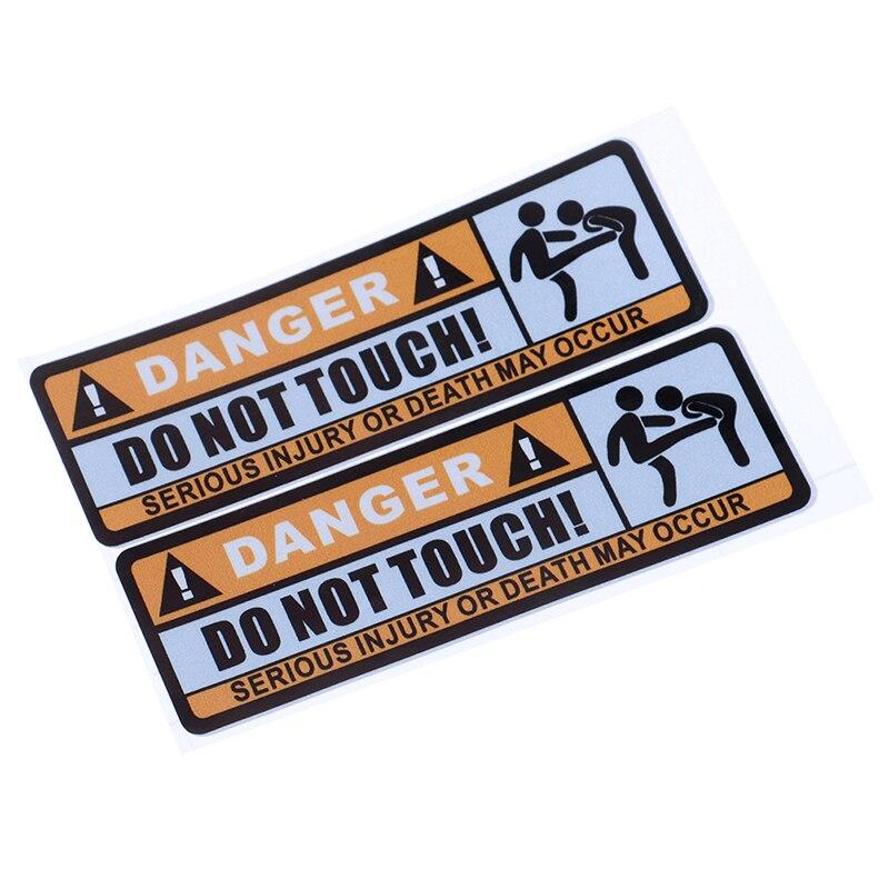 Uniwersalny 2 sztuk samochodów naklejki niebezpieczeństwo nie dotykaj poważnych obrażeń lub śmierci mogą wystąpić naklejka z PVC naklejki samochodowe