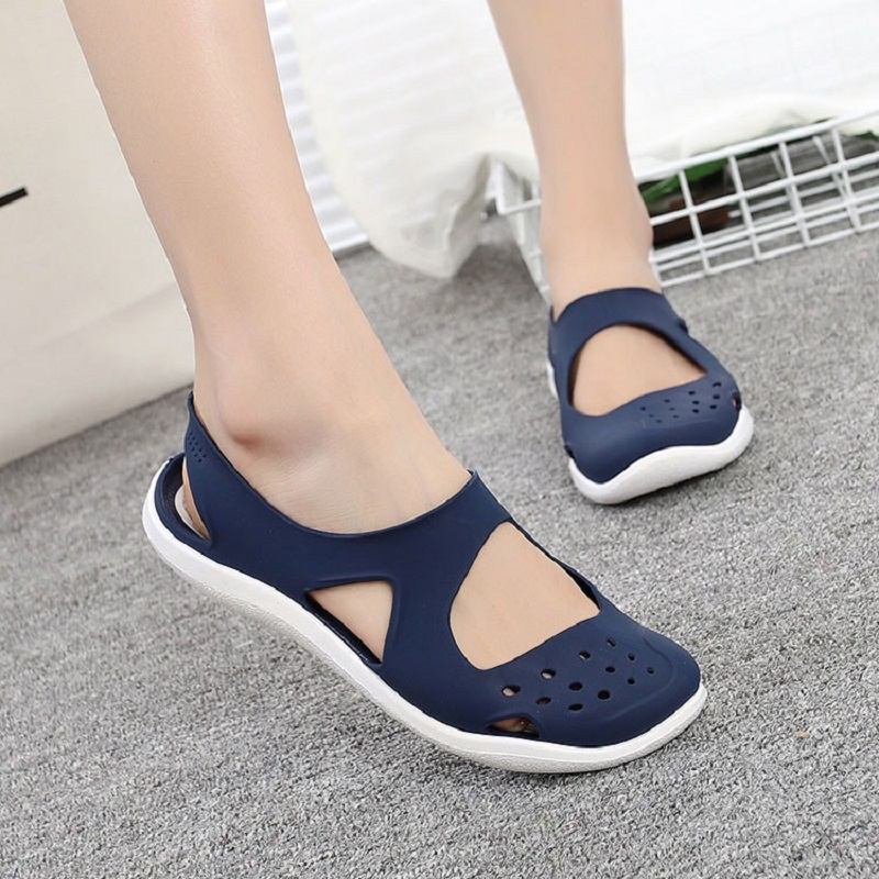 Women Sandals Slip On Flat Summer Sandals Female Casual Jelly Shoes Hollow Out Mesh Beach Sandals Mesh Sandales Femme 2020