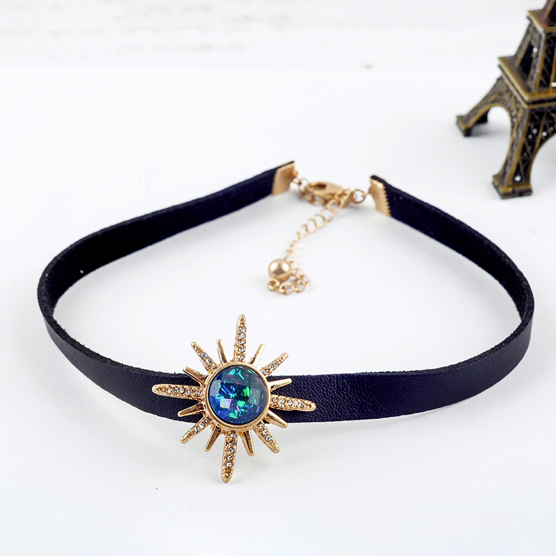 Unique Resin Crystal Star Flower Punk Black Imitation Leather Choker Necklaces For Women Gifts Fashion Jewelry Wholesale