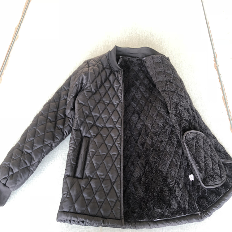 Qiu Dong Cotton-padded Jacket Keep Out Cold Artifact Black Plaid Cotton-padded Jacket Adds Fleece To Thicken