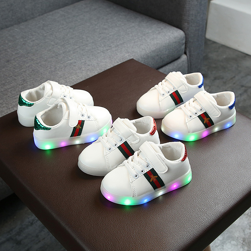 New Children Luminous Shoes Boys Girls Stripe Sport Running Shoes Baby Lights Shoes Casual Sneakers Toddler Kids LED Sneakers