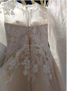 Image 2 - Romantyczne koronkowe aplikacje linia długie rękawy suknie ślubne 2020 z wycięciem przyciski powrót piętro długość suknia dla panny młodej szampana