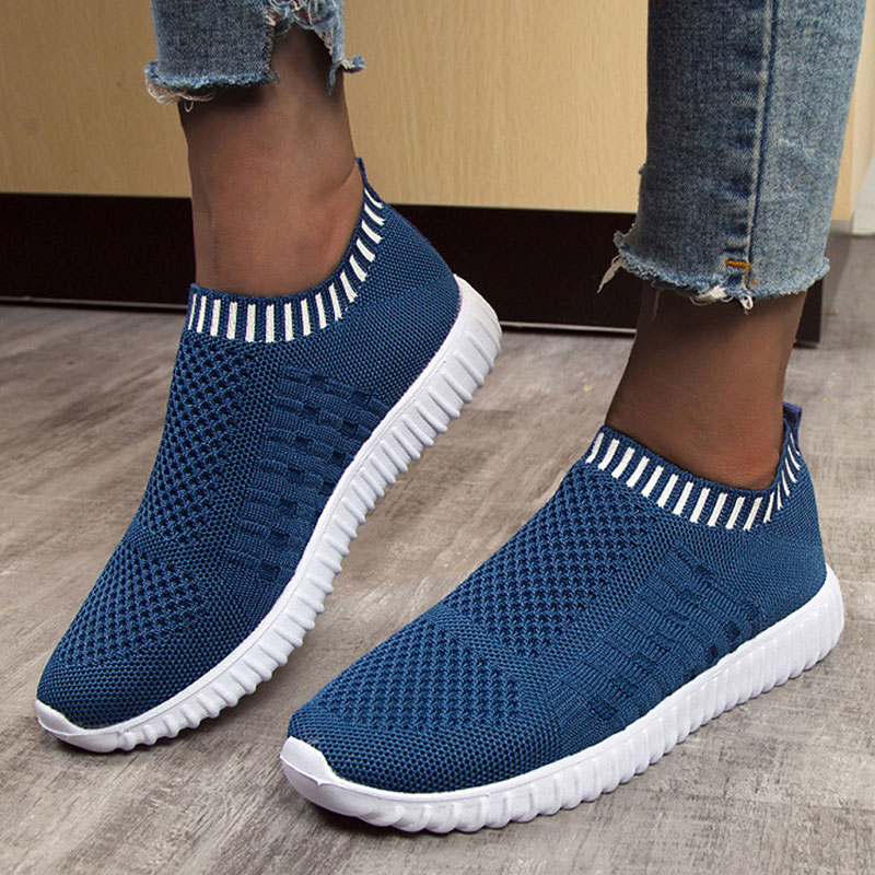 Women Shoes 2020 Solid Color Round Toe Light Comfortable Breathable Casual Shoes Women Sneakers Socks Shoes Plus Size