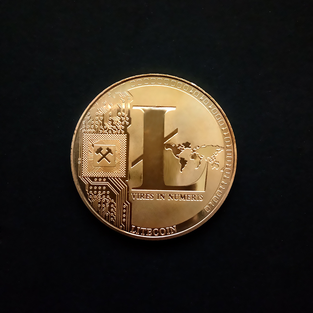 1PC Non currency Bitcoin Coin Collectible Art Collection Gift Physical commemorative Bit BTC Antique copy Imitation in Non currency Coins from Home Garden