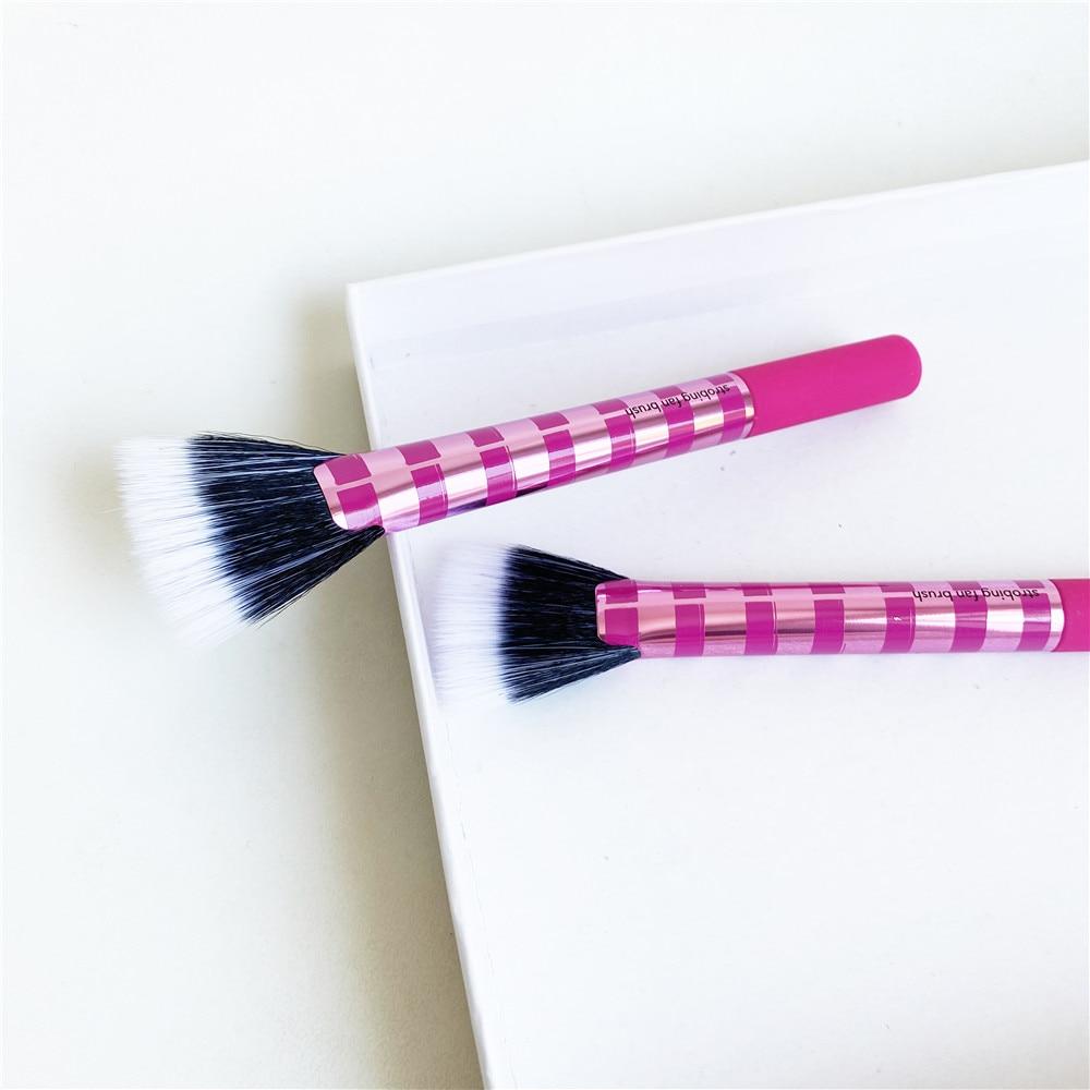 Strobing Fan Brush -  Soft Dense Fanned Brush Head - Beauty Makeup Brush