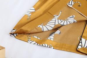 Image 5 - Wiosna kobiety lodu jedwabne piżamy zestawy z spodnie satynowe Zebra druku piżamy kobiet Sexy Spaghetti pasek piżamy 3 sztuk do noszenia w domu