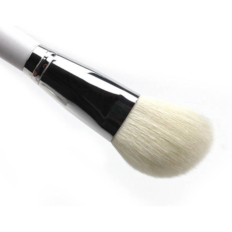 1PC-Oblique-Head-Goat-Hair-Makeup-Brush-Face-Cheek-Contour-Cosmetic-Powder-Foundation-Blush-Brush-Oblique (4)