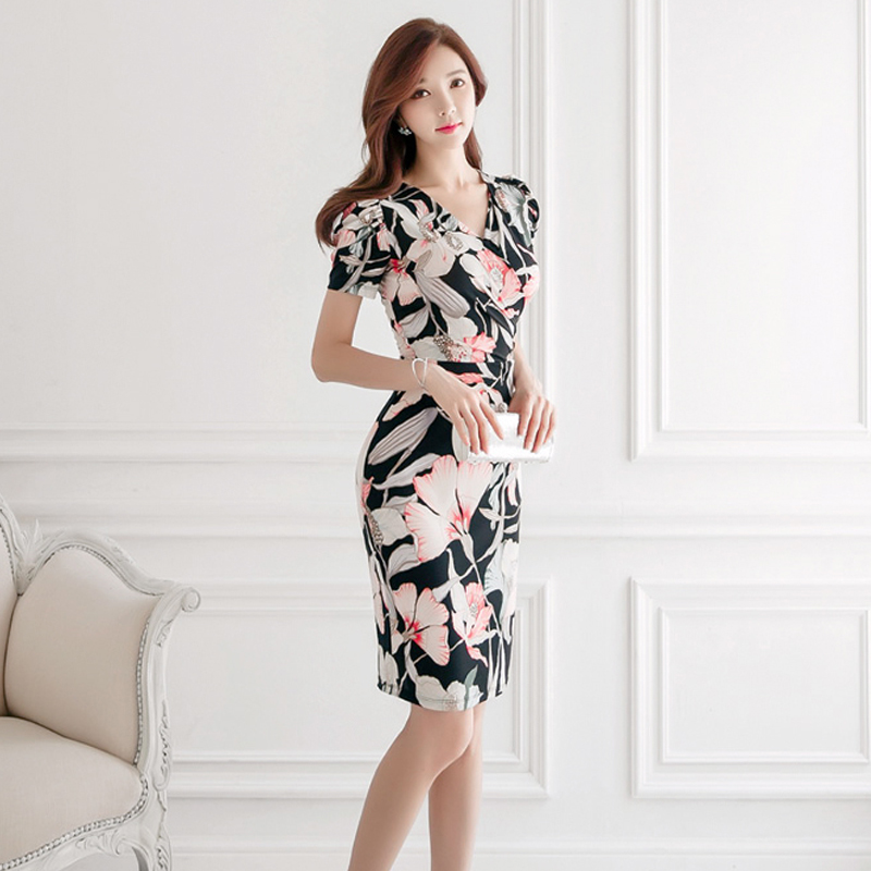 2020 summer new Korean fashion temperament was thin printed v-neck waist sexy bottoming dress
