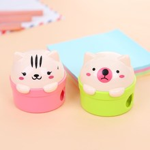 Pencil Sharpener Stationery School-Supplies Cat Plastic And Bear Cartoon for Kids Student