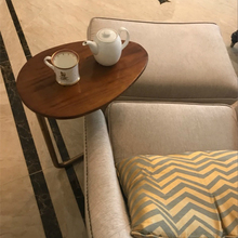 Creative Oval Small Side Table Mobile Wrought Iron Wood Sofa Corner Coffee Table Lazy Bedside Reading Table Simple стоимость