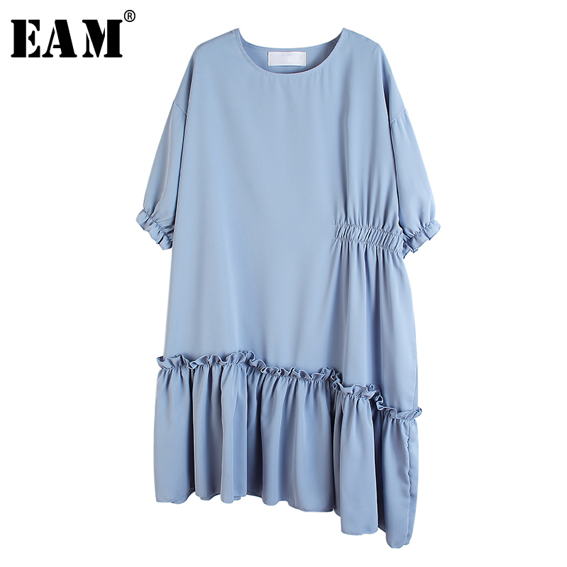 [EAM] Women Pleated Asymmetrical Big Size Dress New Round Neck Three-quarter  Sleeve Loose  Fashion Spring Summer 2020 1U105