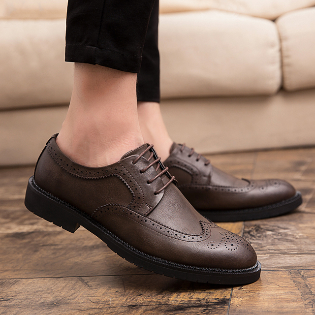 Men Brogue Fashion Oxford Dress Shoes Male Well-dressed Gentleman Handcrafted Footwear for Modern Men Size 38-47 Zapatos Hombre
