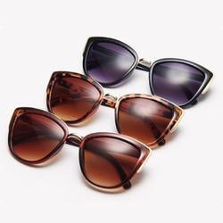 Vintage preto gato olho óculos de sol feminino triangular cateye design senhoras óculos de sol leopardo lente bonito sexy espelho