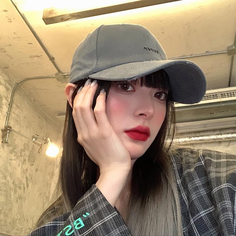 Женская остроконечная Ins бренд Корейская бейсболка модная летняя шляпа черные рваные, защита от солнца, уход за кожей лица для похудения