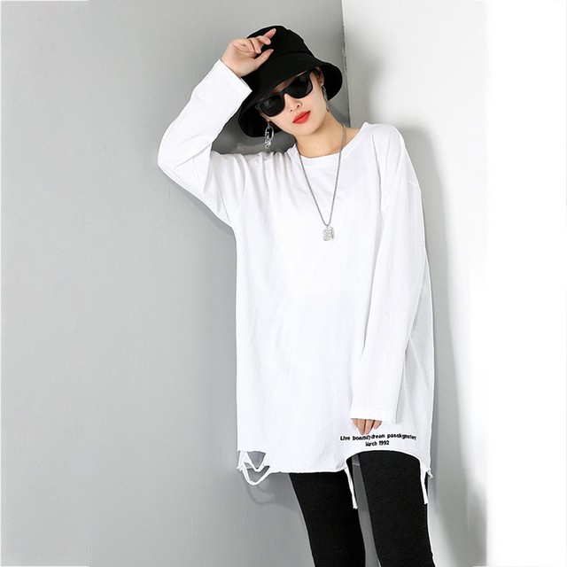 [EAM] Women Brief White Hole Big Size Personality T-shirt New Round Neck Long Sleeve Fashion Tide Spring Autumn 2021 1DD1797 5