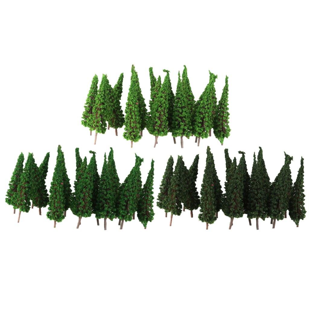 Модель кедровых деревьев в масштабе 150 года