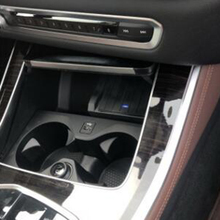 Cargador inalámbrico QI de 10W para coche, placa de carga para BMW X5 G05 2019 2020, accesorios de cargador de teléfono para iPhone y Samsung