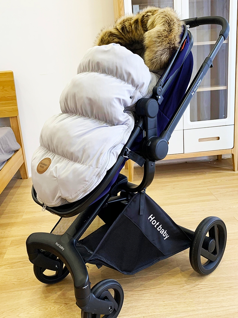 Baby stroller sleeping bag baby autumn and winter sleeping bag warm anti-kick by the newborn anti-shock jump suitable for