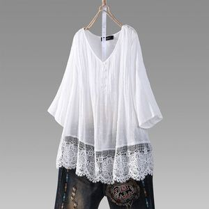 Sexy Lace Hollow Out Blouse Women Vintage Patchwork Jacquard Pleated Shirts Office Lady Tunic Blusas Female Loose Tops Plus Size