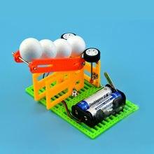 Детская самодельная автоматическая машина для запуска шаров