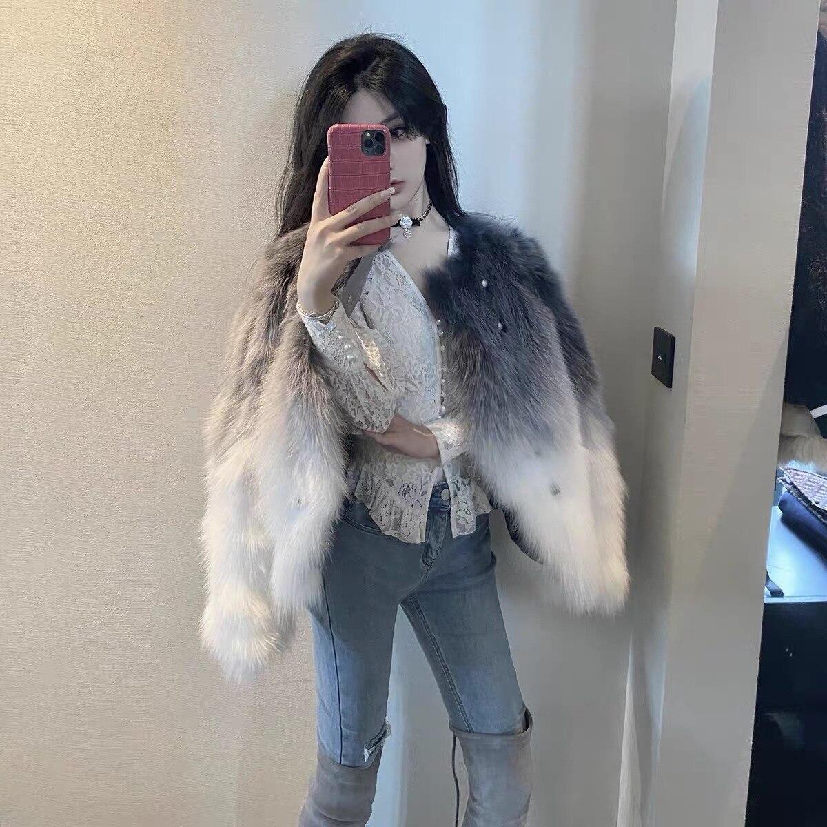 Gradual change fox fur grass coat women 2020 new autumn winter inner gallbladder Haining young fur one coat fashion