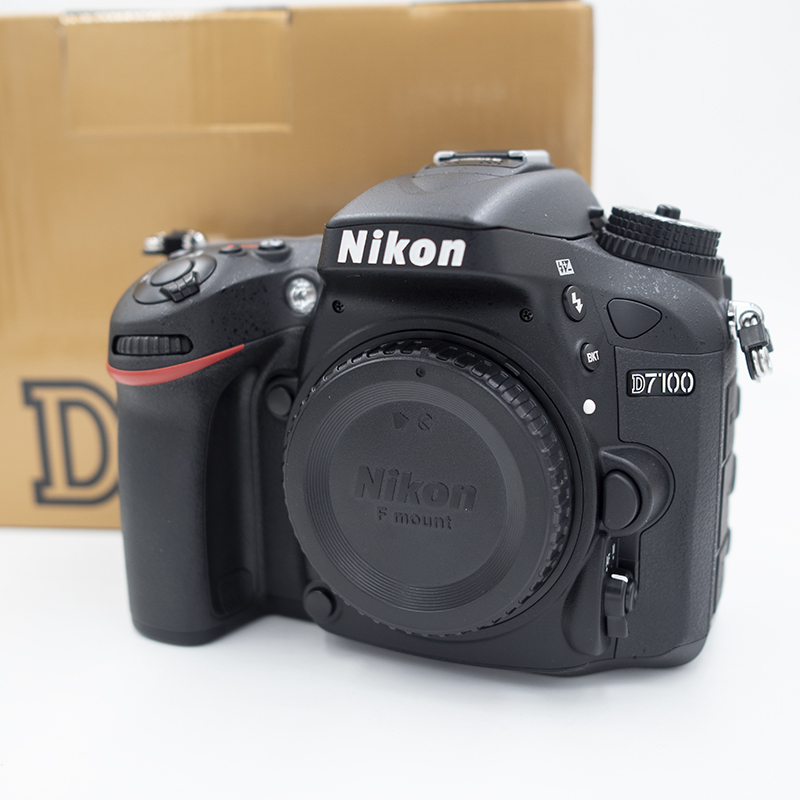 D7100real-800