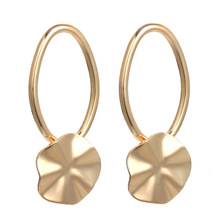 design in Europe and the personality geometrical irregular ellipse eardrop temperament cold wind stud earrings