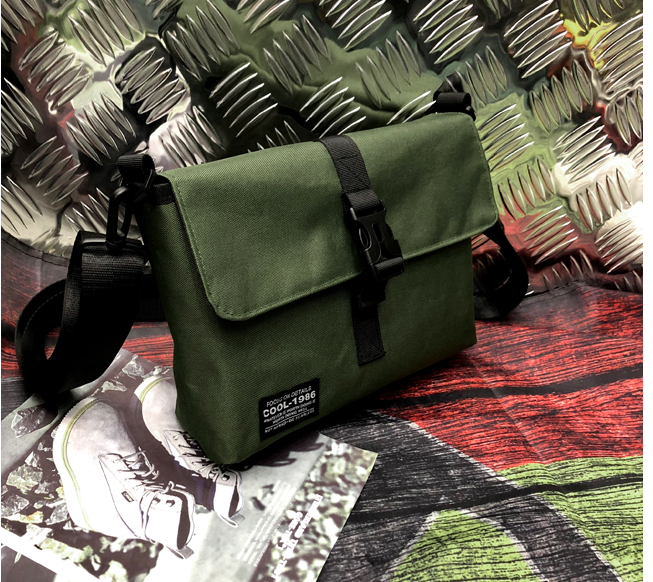 Simple All-match Men Briefcase Double-sided Dual-purpose Shoulder Bag Teenagers Camouflage Lining Cloth Bags Bolso Hombre D600
