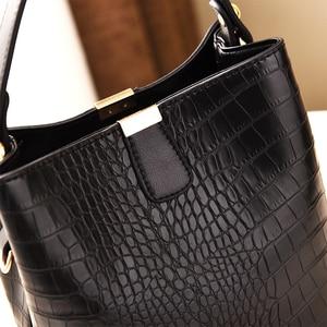 Image 3 - ZMQN Black Bucket Bags Women Crocodile Leather Crossbody Bags Luxury Handbags Ladies Hand Bags Shoulder 2020 Bolsa Feminina A583