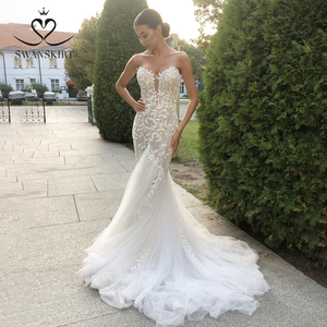 Image 1 - SWANSKIRT Fashion Appliques Wedding Dress Sweetheart Mermaid Illusion Court Train Princess Vestido de novia SA13 Bridal Gown